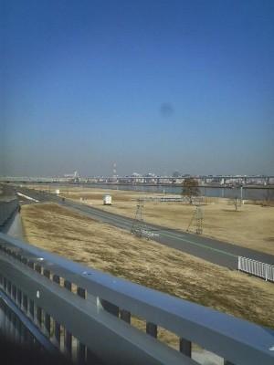11:56 スタートから47.7km 荒川・中川超えの新小松川橋