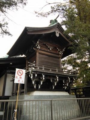 恵比寿神社の裏側?