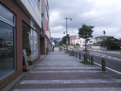 大雄山駅 駅前