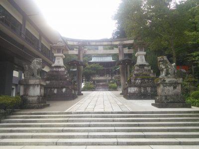伊奈波神社 境内