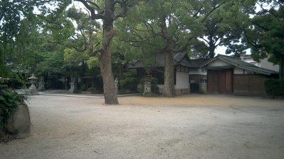 難波八幡神社 境内